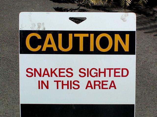snake-sign-1241272-640x480
